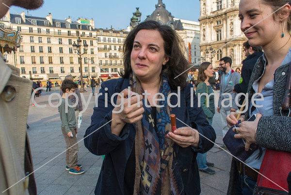 Paris, France,  European Ecologie Les Verts Green Party protesting Air Pollution, Demand Alternative License Plate Driving Plan, 14/3/2014