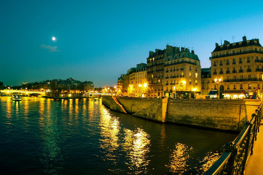 Paris, Seine River, Pont d'Arcole Bridge
